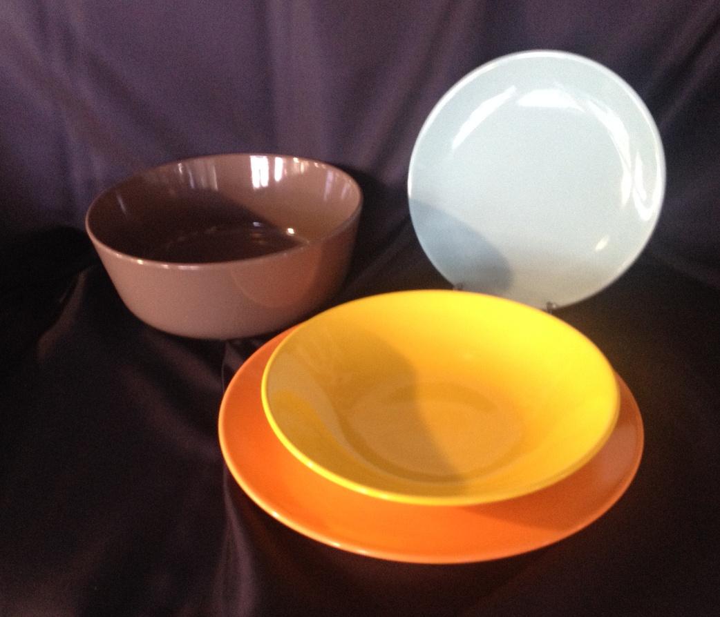 Servizio piatti piatto in gres porcellanato tavola 19 - Piatti colorati ikea ...